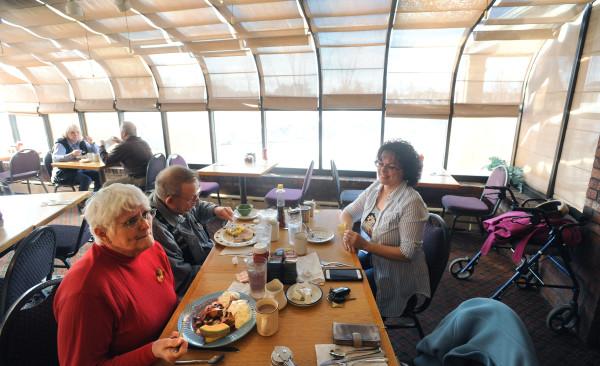 Restaurant Lounge At Bangor Howard Johnson To Close
