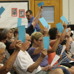 Scarborough voters approve amended school budget