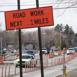 Work continues on the Union Street bridge over Interstate 95 in Bangor in this March 2016 file photo.