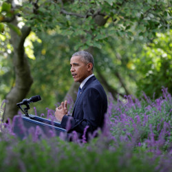 President Barack Obama delivers a statement on the Paris Agreement in the Rose Garden of the White House in Washington, Oct. 5, 2016.