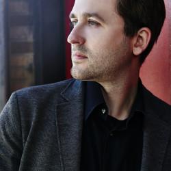 Pianist Andrew Staupe