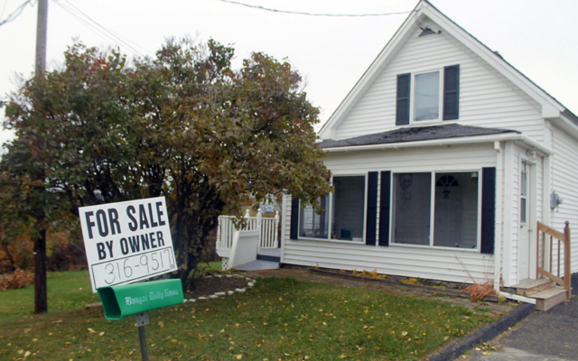 Fort Kent woman evades Craigslist scam, cautions renters