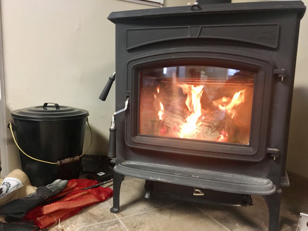 New emission standards for wood stoves will drive up costs, thwarting  desired effect, say - New Emission Standards For Wood Stoves Will Drive Up Costs