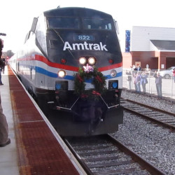 Pedestrian struck, reportedly killed by Downeaster train in North Berwick