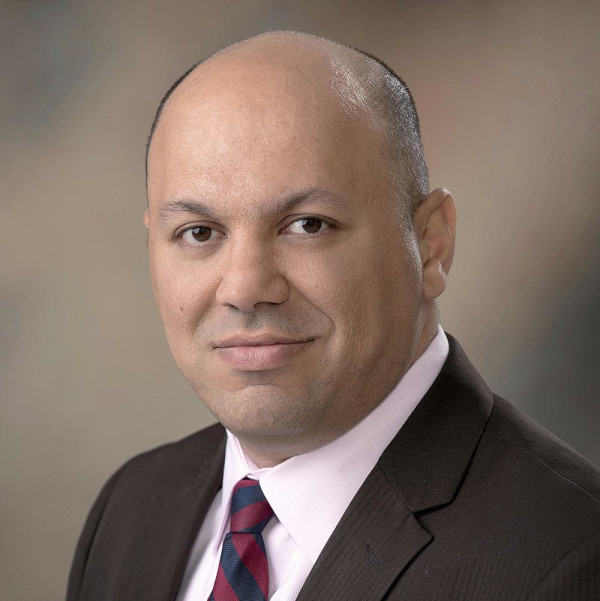 Dr. Benjamin Liliav