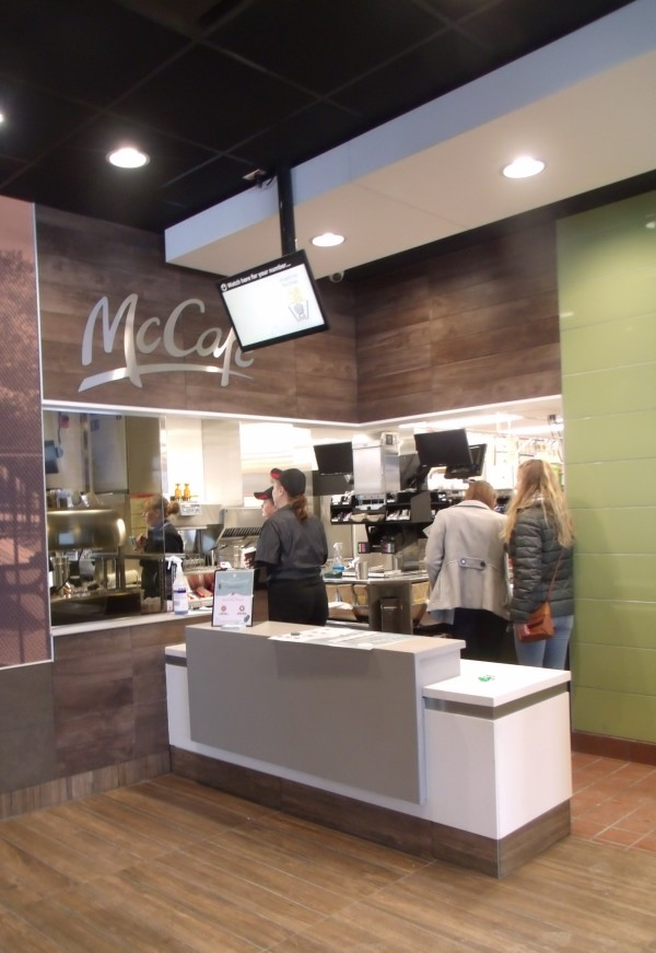 Jen Lynds | BDN & Months after iconic Houlton McDonaldu0027s razed new one opens ...