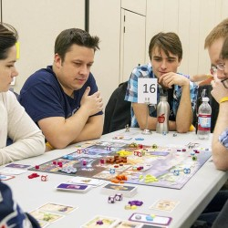 For the love of the (board) game — SnowCon hits Orono