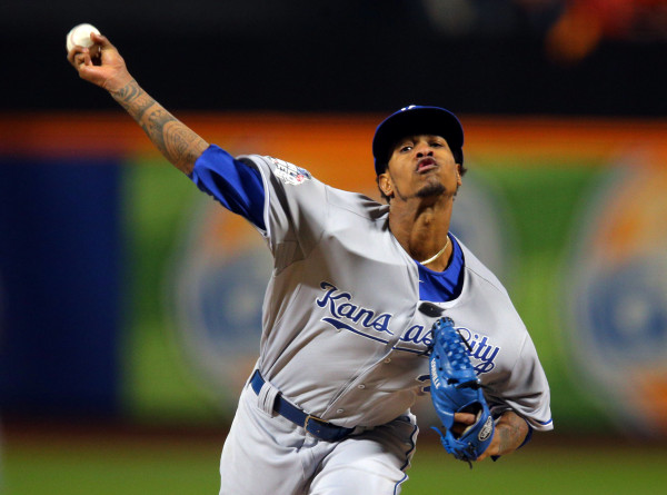 Kansas City Royals starting pitcher Yordano Ventura throws a pitch against the New York Mets in the first inning in game three of the World Series at Citi Field in New York City, Oct. 30, 2015.