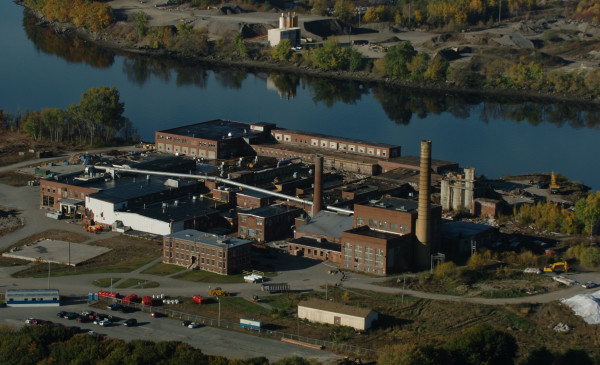 The former Eastern Fine Paper mill in Brewer absorbs the morning sun in this October 2007 file photo, taken a few months before demolition of the mill was finished. The EPA's Brownfields grant program, which provided $2 million to help fund the cleanup of the mill site, could be slashed by as much as 42 percent as a result of an executive order by President Trump, according to Reuters.