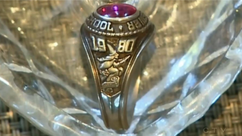 A class ring from Brewer High School was found in Glenholme, Nova Scotia.