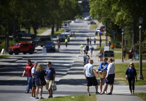 University of Maine students move into campus to start the 2014 school year.