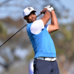 Tiger Woods tees off the 5th hole during the first round of the Farmers Insurance Open golf tournament at Torrey Pines Municipal Golf Course in La Jolla, California, Jan. 26, 2017.