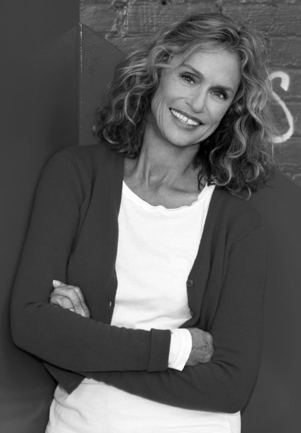 Lauren Hutton will be honored with the Maine International Film Festival's 2017 Mid Life Achievement Award.