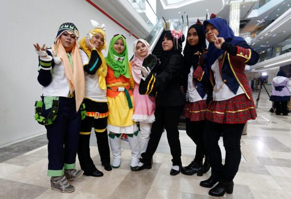Hijab Cosplay Takes Off As Muslim Women Embrace Fan Culture