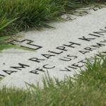 Grave marker displays veteran William Ralph Kincaid's wrong dates of birth and death.