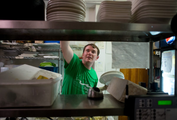 Surviving The Dinner Rush A Night As Dishwasher At Busy Maine Restaurant Midcoast Bangor Daily News BDN