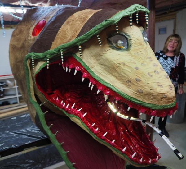 Handmade 30-foot 'Beetlejuice' monster to invade NH parade