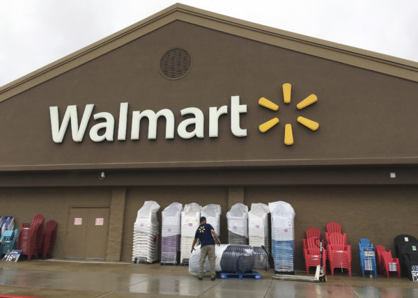 Walmart to close Sam's Club stores