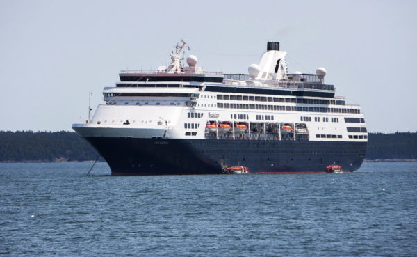Ethics Probe Adds Fuel To Bar Harbor Cruise Ship Conflict - Cruise ship fuel