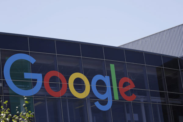 Google Scientists Create Algorithm For Heart Attack Risk Based On Retinal Scans
