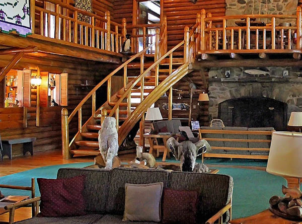 Spacious Hunting Lodge Built As 1920s Getaway Donated To Maine College