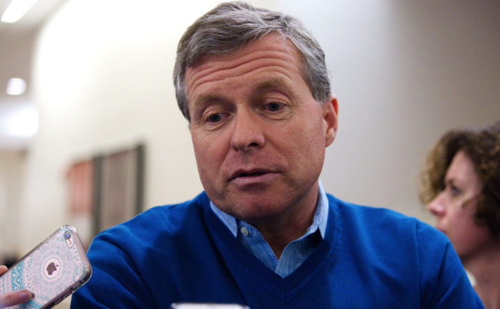 Dent Announces May Exit From Congress