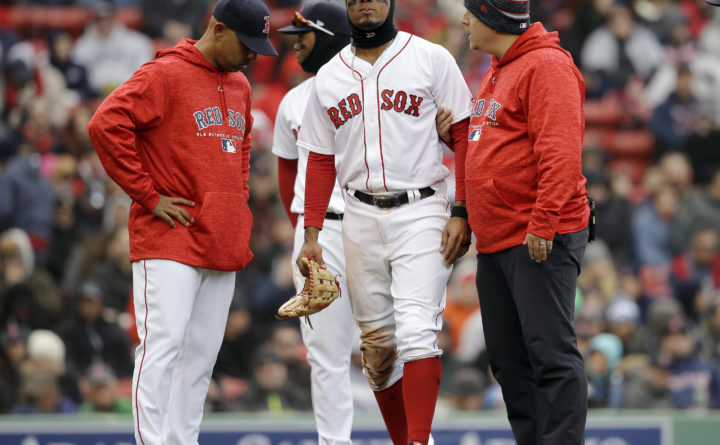 Xander Bogaerts: Exits after awkward slide
