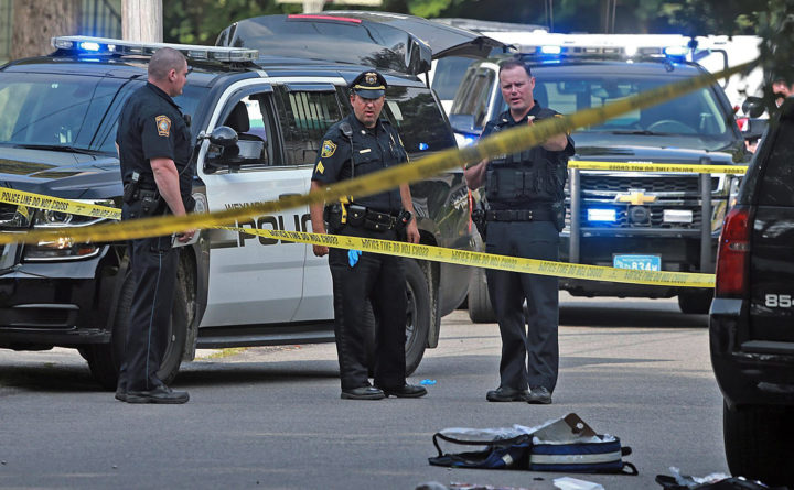 Police officer, bystander die from gunshot wounds