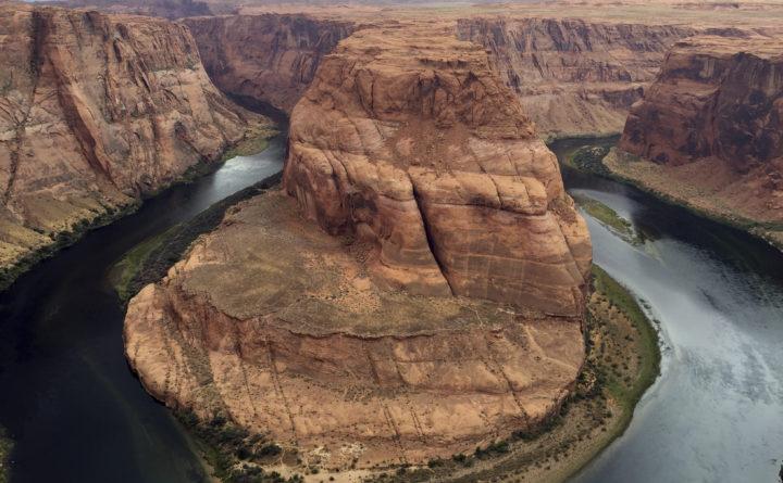3 dead in national parks as shutdown wears on — National Politics