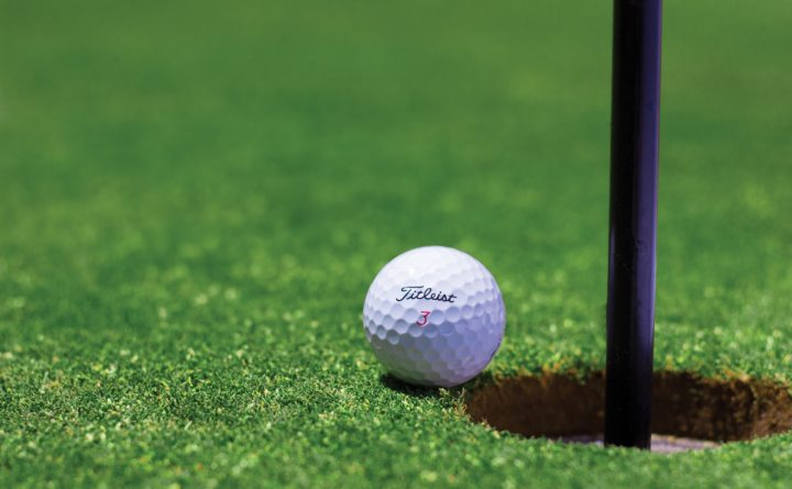 Camden teen grabs first-round lead at Maine Amateur golf