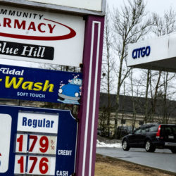 Gas drops below $2 a gallon as Mainers stay at home due to coronavirus