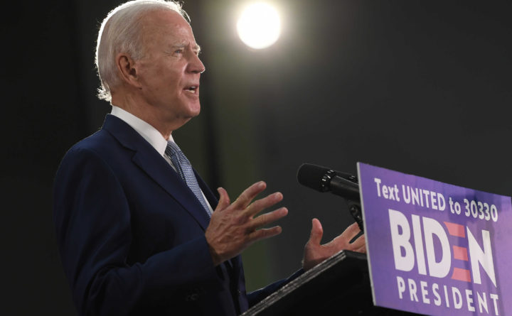 Trump losing ground to Biden amid chaotic week